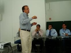 "(08/10) Disciplina ""Empreendedorismo no contexto europeu"" desenvolvida pelo prof. Dr. José Paulo Esperança."